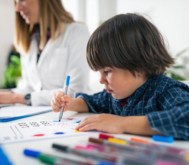 Psychology Test for Children - Toddler Coloring Shapes